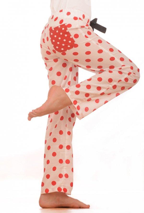 Dívčí pyžamové kalhoty - puntík červený